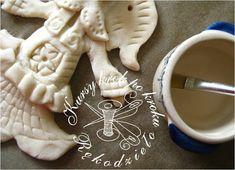 DIY Handmade: Karnawałowe maski do druku - 15 wzorów Crochet Flower Patterns, Crochet Flowers, Fabric Flowers, Sewing Patterns, Christmas Crafts, Christmas Ornaments, Barbie, Doll Hair, Crochet Projects