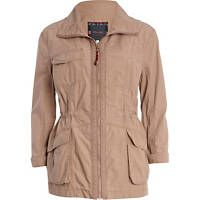 Everyone has a parka! Very important for Irish festivals as they can get cold and wet. This colour works best this time of the year. Winter Jackets Women, Coats For Women, Festival Outfits, Festival Fashion, Pink Parka, Winter Coat, Military Jacket, Spring Fashion, Raincoat