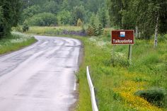 They say this road has some magic.. It goes from Urjala to Huittinen