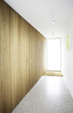 """frameless doors"" puertas sin tapajuntas"