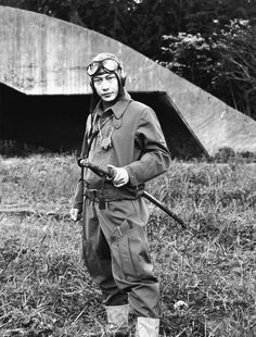 Kamikaze with sword. Imperial Japanese Navy, Imperial Army, Japanese History, Japanese Culture, Military Photos, Military History, Kamikaze Pilots, Photo Avion, World War Two