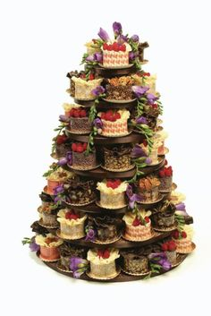 Kirsty Page takes a look at some recent wedding cake trends - McVitie's biscuit cake anyone? Pretty Cakes, Beautiful Cakes, Amazing Cakes, Mini Cakes, Cupcake Cakes, Cake Tower, Traditional Cakes, Cake Trends, Cool Wedding Cakes