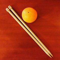 KIY Knit It Yourself Big Needles  Big Balls.. :) #handmade #knit #knitted #knitting #crafty #handcrafted #KIY #DIY #knitter #wool #big #needles #orange #knittertools #italy