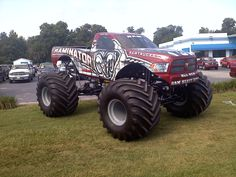 """""""Monster Trucks"""" are used for competition and popular sports entertainment and in some cases they are featured alongside motocross races, mud bogging, tractor pulls and car-eating robots Monster Jam, Monster Truck Madness, Big Monster Trucks, Monster Truck Party, Ram Trucks, Dodge Trucks, Lifted Trucks, Cool Trucks, Dodge Cummins"""
