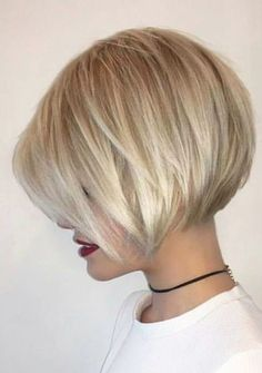38 Trendy Inverted Short Bob Haircuts Inverted Short Bob Haircuts Inverted bob is the best way to check if you like short hair. Since this fashion trend looks like a long haircut in the fr. Inverted Bob - September 07 2019 at Inverted Bob Hairstyles, Bob Hairstyles For Fine Hair, Cool Hairstyles, Beautiful Hairstyles, Hairstyle Ideas, Hairstyle Short, Fine Hair Bangs, Bob Haircut For Fine Hair, Longer Pixie Haircut