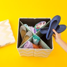 How to Make an Easy Clothing Storage Space for Dorm Room