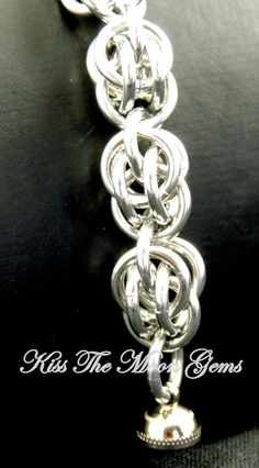 Sweet Pea Chainmaille Bracelet by kissthemoongems on Etsy