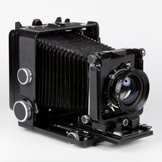 £2100 Wista 45SP Metal 4x5 Technical Camera. The Wista 45SP is a highly sophisticated metal bodied Technical Camera of modular design, finished in black. It features interchangeable leather bellows, backs and extension tracks.