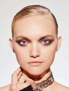 Gemma Ward models smokey eyeshadow look for ELLE Australia Magazine July 2016 issue