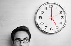 Use these time management mental exercises with positive affirmations to allow you to have work-life balance and improve your quality of life. Time Management Tools, Time Management Strategies, Management Styles, E-mail Marketing, Marketing Digital, Online Marketing, Doomsday Clock, Work Life Balance, Human Resources