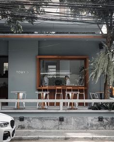 Coffee Toby's 👀. Cafe Shop Design, Coffee Shop Interior Design, Italian Interior Design, Retail Store Design, Bakery Design, Small Restaurant Design, Small Cafe Design, Modern Restaurant, Cafe Exterior