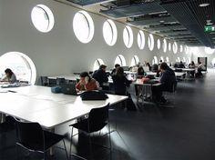 Колледж Рэйвенсборн © Morley von Sternburg