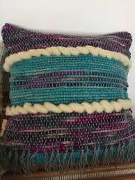 Resultado de imagen para cojines a telar ideas diseños Crochet Top, Ideas, Women, Fashion, Loom, Murals, Throw Pillows, Moda, Women's