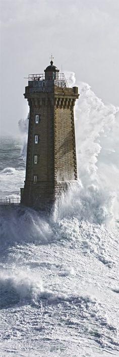 Photo sur toile Bretagne Phare de la Vieille - Raz de Sein - Finistère - Philip Plisson #myfinistere