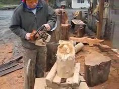 Chainsaw carving a bear in 10 minutes - YouTube