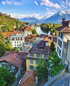 Thun city in Switzerland Thun Switzerland, Places In Switzerland, Best Places To Travel, Best Cities, Places To See, Zermatt, Beautiful World, Beautiful Places, Vevey