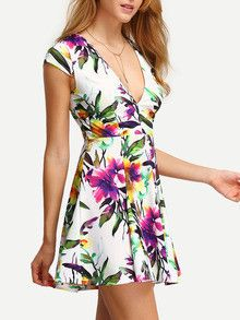 Floral Print In White Deep V Neck Skater Dress. Perfect skater floral dress for spring summer. Perfect lunch or date night dress. Belt :NO Fabric :Fabric is ver Casual Day Dresses, Date Night Dresses, Casual Outfits, Cute Outfits, Dress P, Skater Dress, Floral Fashion, Fashion Dresses, Dress Images
