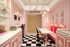 Estas lámparas teteras son geniales  ~ http://gnomo.eu/lampara-cafetera  ~ Vice Versa Hotel
