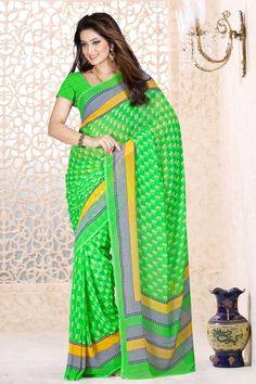 Vert en mousseline de soie Saree et Chemisier vert Prix:- 35,36 € Designer indienne verts en mousseline de soie saris sont maintenant en magasin présente par Andaaz Mode . Agrémentée de travail imprimé et vert en mousseline de soie à manches courtes Blouse . Ceci est parfait pour le Parti , l'usure du festival , décontracté , cérémonial . http://www.andaazfashion.fr/green-chiffon-saree-and-green-blouse-dmv7876.html