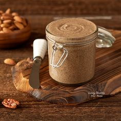 Healthy, creamy and delicious homemade Vanilla Cinnamon Almond Butter recipe. This recipe is gluten/grain/dairy/soy/sugar FREE, low carb, and Paleo. By #LivingHealthyWithChocolate