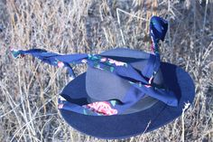 Having a blast with my hat – PINNAHANA