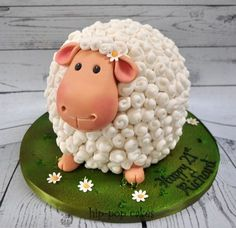 Easter cakes that spell out deliciousness & cuteness in the most egg-tastic way Osterkuchen, d Farm Birthday Cakes, Toddler Birthday Cakes, Animal Birthday Cakes, Happy Birthday, Novelty Birthday Cakes, Desserts Ostern, Fun Desserts, Easter Desserts, Easter Recipes
