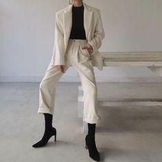 Korean Fashion – How to Dress up Korean Style – Designer Fashion Tips Classy Outfits, Chic Outfits, Fashion Outfits, Womens Fashion, Korean Fashion Trends, Korean Street Fashion, Estilo Kardashian, Mode Ootd, Look Retro