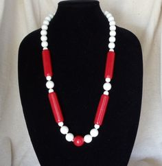 "Vintage 29"" Statement Necklace, Red and White Beads, Brass Screw on Clasp, VJ2032N by CKDesignsForYou on Etsy"
