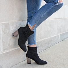 Shop Women's Christian Siriano Black size 7 Heels at a discounted price at Poshmark. Christian Siriano, Elite Clothing, Walk This Way, Heeled Boots, Fashion Shoes, Autumn Fashion, Jeans, Womens Fashion, Color Black