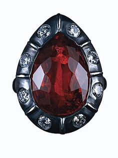 James de Givenchy for Taffin Modern Jewelry, Jewelry Art, Vintage Jewelry, Jewelry Accessories, Jewelry Design, Unique Jewelry, Givenchy Jewelry, Red Spinel, Hand Ring
