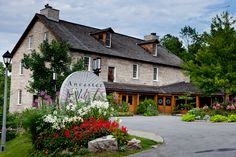 Photo of the exterior of the wedding venue located near Hamilton, Ontario in Ancaster.
