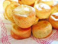 Gluten Free Parmesan Poppers - Make these mini poppers in lieu of dinner rolls. The Parmesan cheese adds plenty of flavor and moisture.
