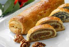 BAIGLI CU MAC SI NUCA Hungarian Recipes, Romanian Recipes, Romanian Food, Eat Dessert First, Sweet Bread, Fine Dining, Hot Dog Buns, Sushi, Sausage