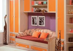 Another Orange & Purple Combo: not tomato red but a nice peppy orange with a pinker purple tone