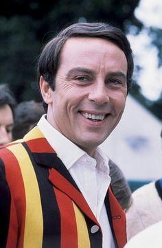 Anthony Valentine in 1977