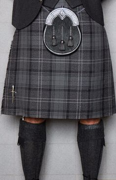 The Hebridean Heather tartan combines greys tones with flashes of white, meaning this kilt choice will complement pretty much any wedding colour scheme!