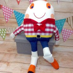 Dumpty, Humpty Dumpty Toy, Humpty Dumpty Doll, Rhyme, Story Book Toy This Humpty Dumpty is a soft toy and isn't afraid of great falls! Ideal gift for chil. Nursery Room Decor, Nursery Rhymes, Handmade Soft Toys, Humpty Dumpty, Sensory Play, Thoughtful Gifts, Baby Items, Gifts For Kids, Sewing Projects