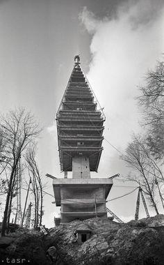 Rok 1967:Základný kameň pre televíznu vežu Bratislava Kamzík Bratislava, Travel, Memories, Retro, Pictures, Memoirs, Viajes, Souvenirs, Destinations
