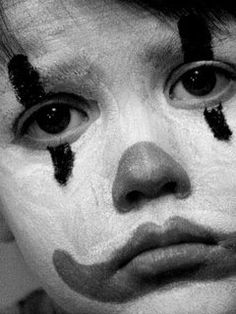Sad Clown by ~pansyredbooties on deviantART Clown Faces, Creepy Clown, Sad Faces, Creepy Circus, Black White, Black And White Painting, Marc Lévy, Pop Art Fashion, Send In The Clowns