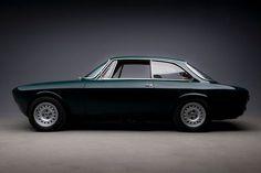 Studio Series - 1967 Alfa Romeo Giulia Sprint Veloce