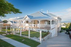 Builders | Brisbane home builder | Renovations queenslander - Manly
