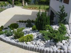 Idea, methods, including manual in the interest of obtaining the greatest end result and also making the optimum use of Backyard Diy Landscaping Hillside Landscaping, Landscaping With Rocks, Front Yard Landscaping, Landscaping Ideas, Lawn And Landscape, Garden Landscape Design, Gravel Garden, Beautiful Gardens, Outdoor Gardens