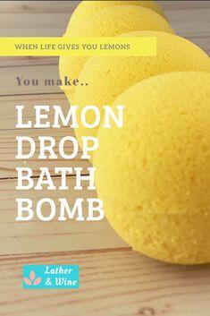 Homemade Bath Bombs, Diy Bath Bombs, Bath Bomb Ingredients, Lemon Uses, Lemon Drink, Lemon Benefits, Bath Bomb Recipes, Diy Scrub, Lemon Essential Oils