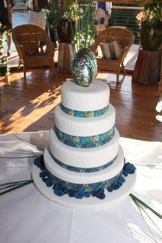 Paua+Cake.JPG (682×1024)