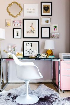 modern paired with glamour and pink in this pretty office Read More on SMP: http://www.stylemepretty.com/living/2016/08/15/balancing-a-modern-office-space-with-the-perfect-touch-of-pink/