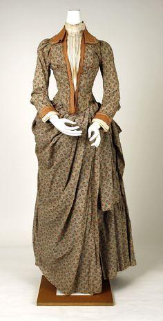 """Circa 1885 cotton Walking Dress by Louise Koenmann, French. Label: """"Louise Koenmann, 11 rue du 29 Jullet, Paris."""""""