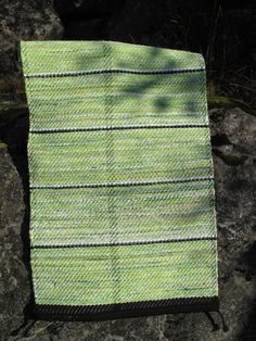 Vårbjörk Scandinavian Rugs, Rag Rugs, Recycled Fabric, Woven Rug, Knitting Patterns, Weaving, Inspiration, Rug Weaves, Biblical Inspiration