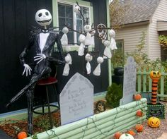 """fun kid friendly diy halloween decorations   ... yard one day for Halloween """"the nightmare before Christmas"""" theme"""