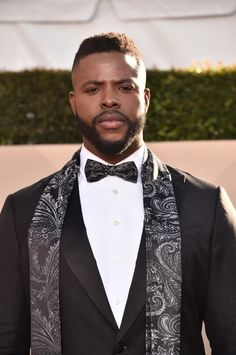 Forget a Snack, Black Panther's Winston Duke Is a Whole Meal Fine Black Men, Gorgeous Black Men, Handsome Black Men, Fine Men, Beautiful Men, Black Man, Pretty Men, Raining Men, Attractive Men