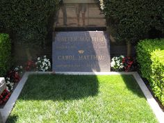 Walter Matthau Gravesite    Westwood Village Memorial Park Cemetery